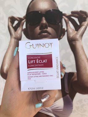 Guinot greito poveikio priemonė. Akimirksniu atgaivina pavargusią odą (2 ampulės)